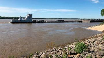 Mississippi River opened near Memphis under damaged bridge
