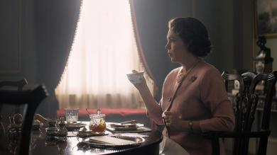 'The Crown': First Look at Olivia Colman as Queen Elizabeth II
