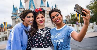 Disney World Now Offers Princess Makeovers For Adults, So Grab Your Crown and Go!
