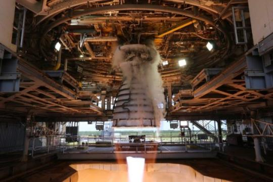 Rocket engine scores 'perfect 10' in 10-day test for Phantom Express space plane