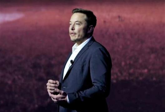 In Recode Q&A, Elon Musk talks up 'Blade Runner' truck, Space Force and Jeff Bezos