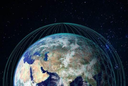 FCC OKs SpaceX's plan for 7,500 satellites in very low Earth orbit (and its rivals' plans)