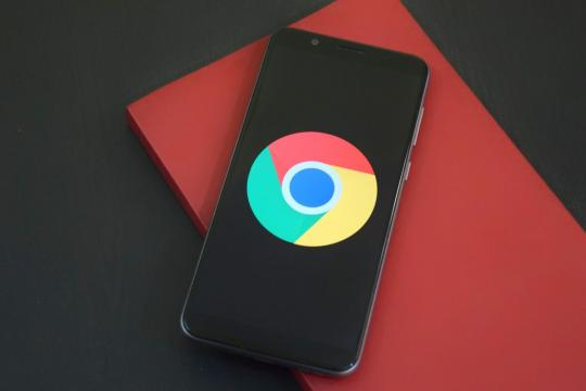 Google Working On Chrome Dark Mode For Phones Too