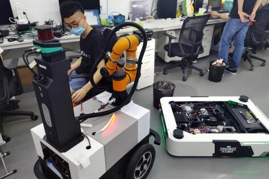 Crunch time for China's robot startups as pandemic brings pain and opportunities