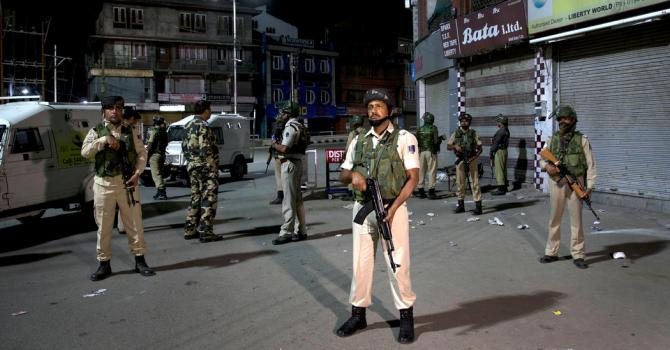 India Moves to Remove Kashmir's Special Status Amid Crackdown