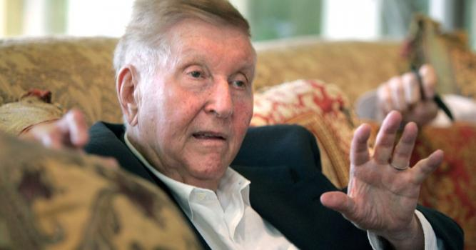 Media mogul Sumner Redstone, whose empire included Viacom and CBS, dies at 97