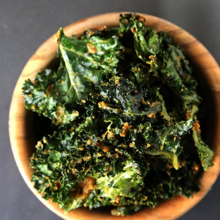Cheesy-Vegan-Kale-Chips.jpg