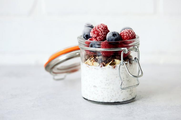 Yogurt-Chia-Pudding-Parfait.jpg