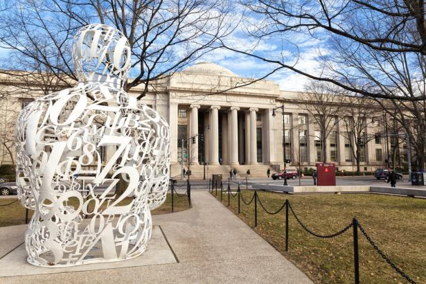 MIT's AI Lab Crunched 200,000 Bitcoin Transactions. Only 2% Were 'Illicit'