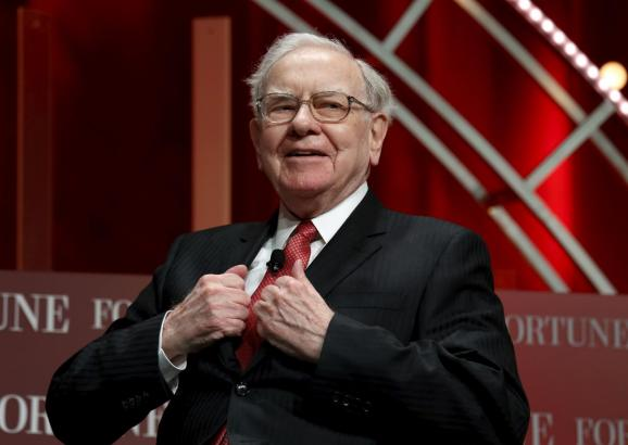 Insurance, economy weigh on Berkshire Hathaway operating profit