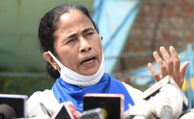 ₹10,000 for Each Migrant Labourer: Mamata Banerjee's Appeal To PM