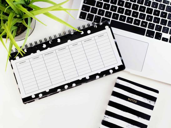 How to Organize Tasks With A Weekly To-Do List