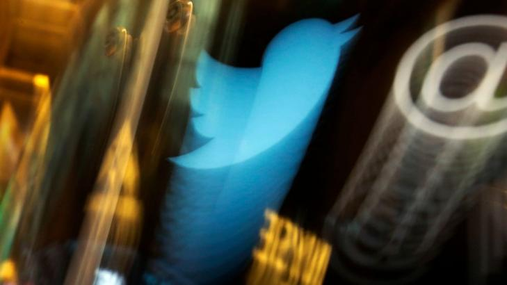 Twitter says hackers used phone to fool staff, gain access