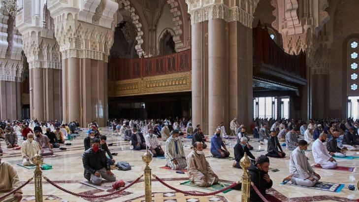 Morocco reopens some mosques, even as infections grow