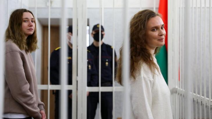 2 Belarusian journalists sent to prison for covering protest