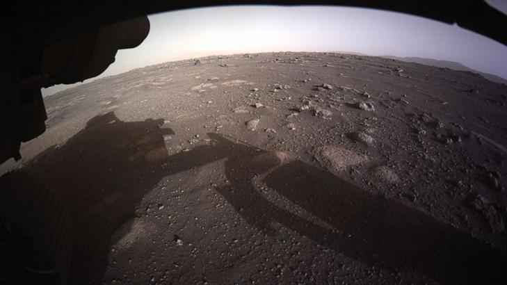 See Mars like never before in 1st full-color image from NASA's Perseverance rover