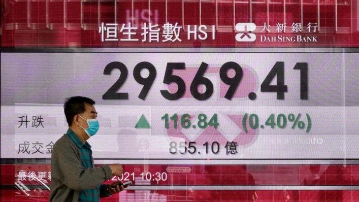 Asian stocks sink after Wall St rises
