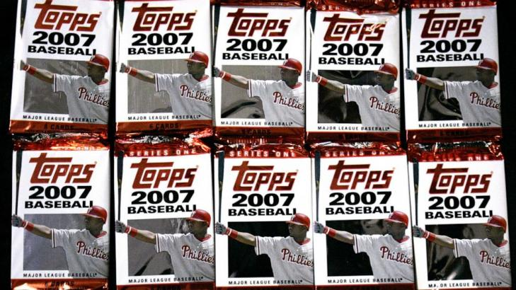 Trade announcement: Topps will offer stock to the public