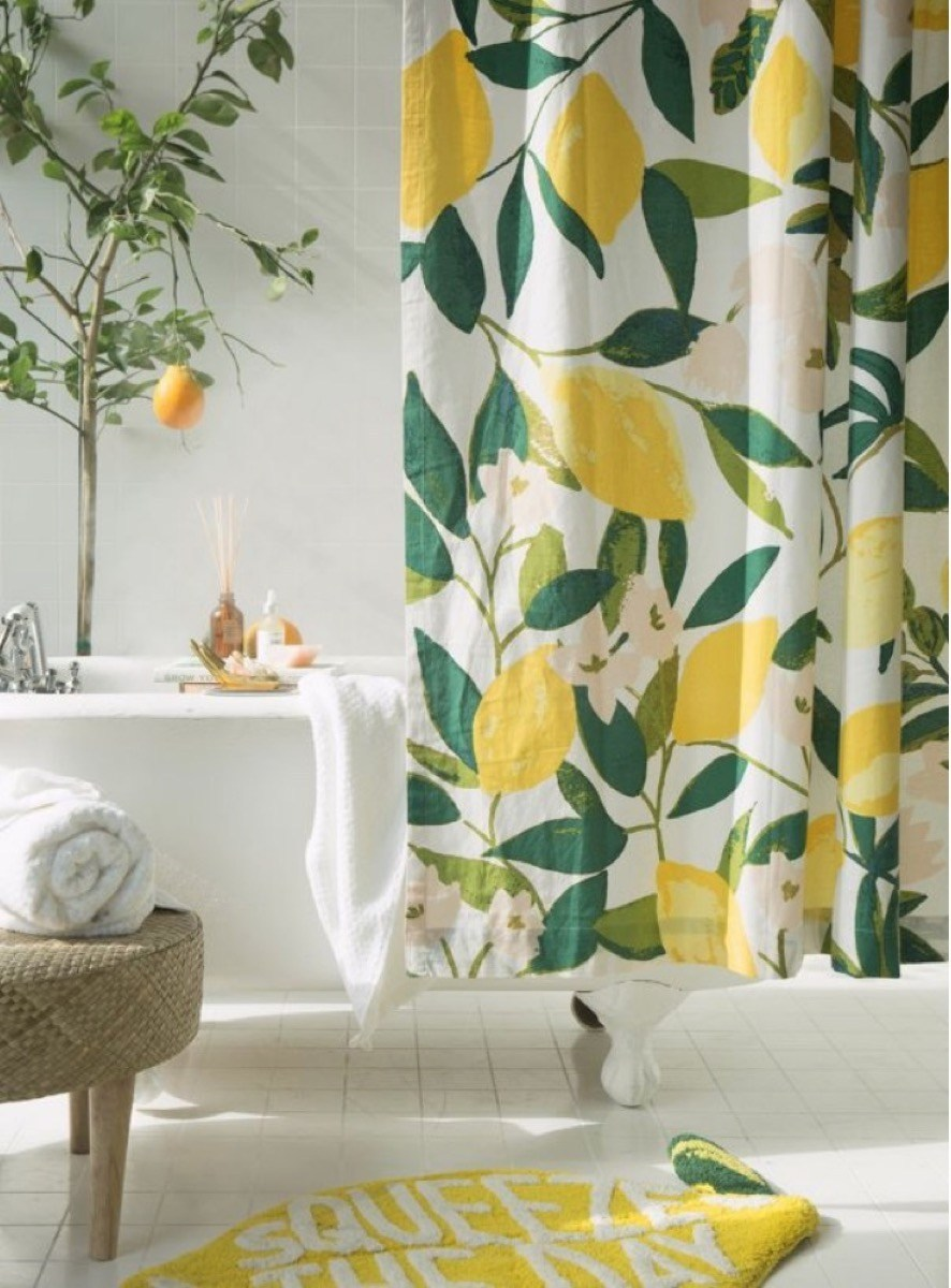 lemon-shower-curtain.jpg?resize=886%2C1200&ssl=1